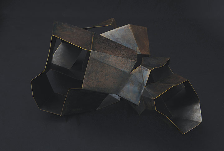 Cécile Geiger-Sculpture-Déployé III - Sculpture metal