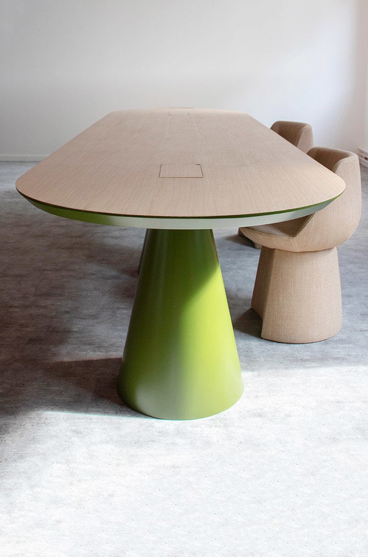 Gigi Design-Fabriquant - Agenceur - Menuisier - Ebeniste-Table design sur mesure Seventies