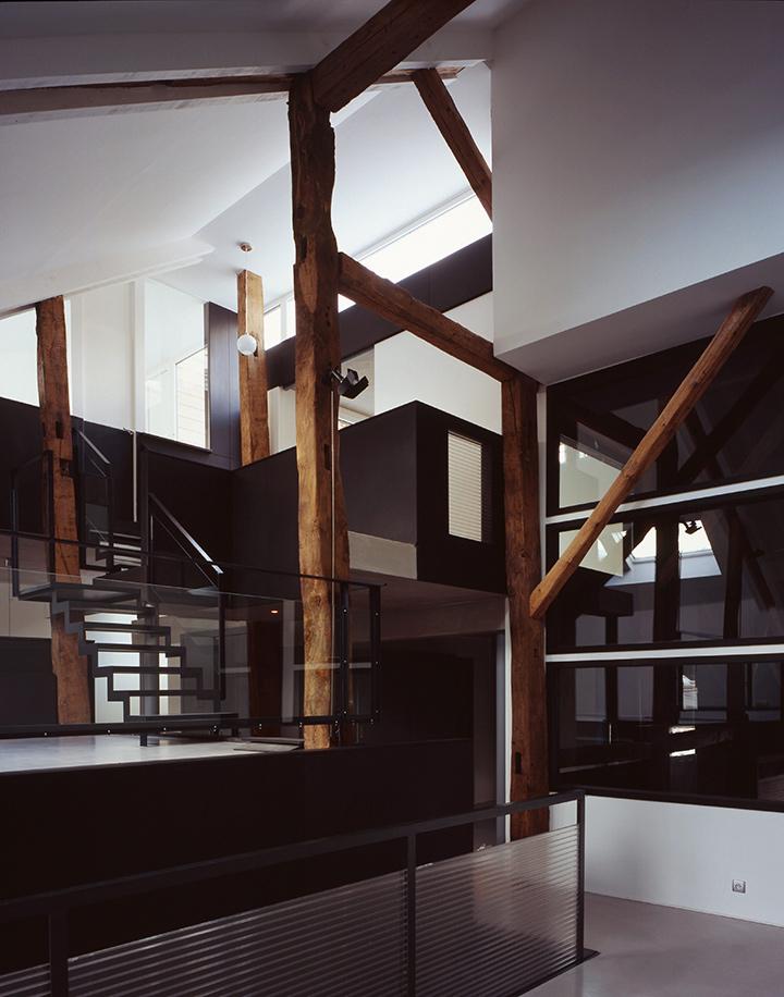 repeindre des poutres en bois cheap excellent free. Black Bedroom Furniture Sets. Home Design Ideas